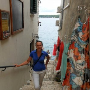 Istrien : Rovinj > Gasse mit Boutique